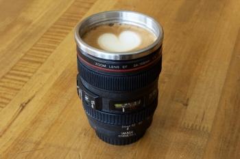 camera-lens-mug-0017_600.0000001338500989